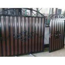 Ворота, калитки с элементами ковки